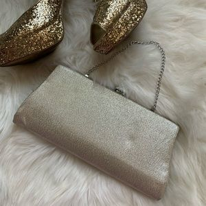 Vintage Silver Pin Up Clutch Small Wristlet Chain
